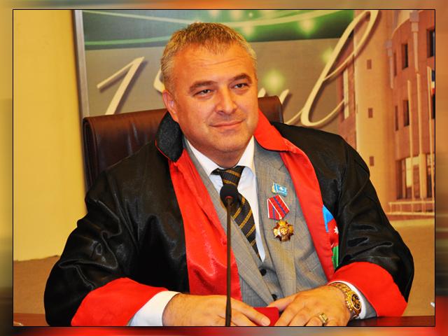 Dr. Halil ULUER